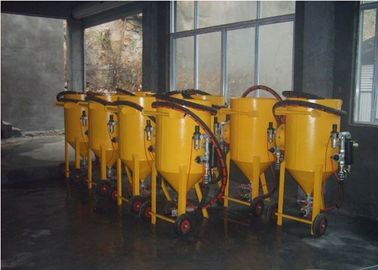 China Cleaning Dustless Portable Sandblasting Machine With Blasting Guns Manual Type distributor